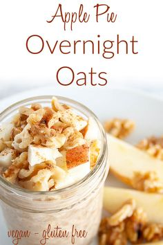 Apple Pie Overnight Oats (vegan, gluten free) - These easy overnight oats are a healthy breakfast that are perfect for on the go! Made with pantry staples. #veganovernightoats #overnightoats #veganbreakfast Raw Breakfast, Breakfast On The Go, Vegetarian Breakfast, Breakfast Dishes, Apple Recipes, Raw Food Recipes, Oatmeal Recipes, Free Recipes, Vegetarian Recipes