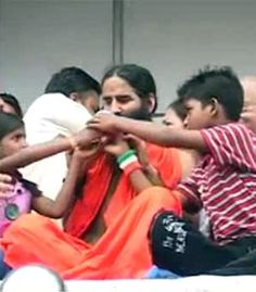 Baba Ramdev ends fast with juice, attack on Congress and PM http://ndtv.in/Nvm7HE