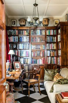 "The Case For ""Real"" Books – Everyday Living (Fill a home with well loved books that the owners have read & enjoyed)"
