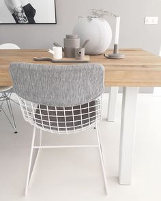 •FIFTHY SHADES OF GREY• Na een leuke tip van @joelleboers en… My Dream Home, Bassinet, Sweet Home, Chairs, House Design, Interior Design, Bed, Furniture, Home Decor