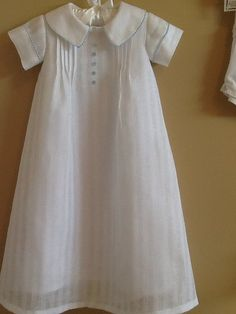Items similar to Baby boy's linen christening gown and cap or bonnet on Etsy Baby Boy Baptism Outfit, Christening Outfit, Baptism Gown, Christening Gowns, Baby Girl Dresses, Baby Boy Outfits, Baby Sewing Projects, Sewing Tutorials, Angel Gowns
