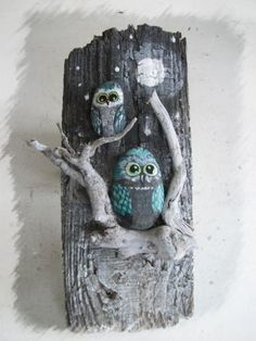 80 Creative DIY Home Decor Ideas with Pebbles and River Rocks That Will Find a Good Use for Y. - 80 Creative DIY Home Decor Ideas with Pebbles and River Rocks That Will Find a Good Use for Your St - Art Rupestre, Art Pierre, Deco Nature, Driftwood Crafts, Owl Crafts, Stone Crafts, Nature Crafts, Pebble Art, Stone Art