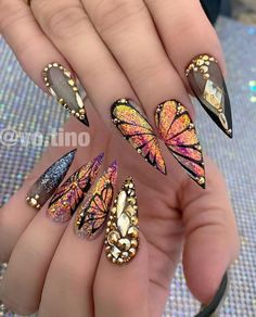 Natural butterfly nails design for long nails 2020 - Abby FASHION STYLE,Natural butterfly nails design for long nails 2020 - Abby FASHION STYLE Honeycomb Nail Art View We loved this nail art model, which will be reminiscen. Butterfly Nail Designs, Butterfly Nail Art, Cute Acrylic Nail Designs, Best Acrylic Nails, Nail Art Designs, Nails Design, Bling Nails, Swag Nails, Fun Nails
