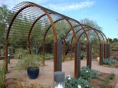 http://www.thedangergarden.com/search/label/garden tour?updated-max=2012-05-25T08:47:00-07:00