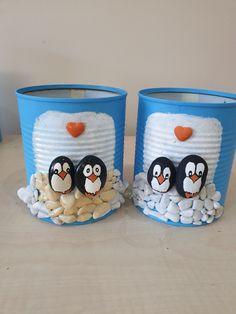 Penguenli saksı Tin Can Crafts, Jar Crafts, Diy Crafts For Home Decor, Holiday Crafts, Stone Crafts, Rock Crafts, Diy Bottle, Bottle Crafts, Diy For Kids
