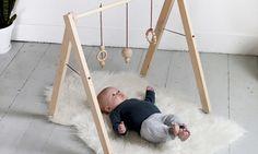 Voor de handige harry's: Maak zelf je design houten babygym!