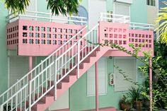J A T E L O Miami Art Deco, Architecture Design, Espace Design, Pretty Pastel, South Beach, Palm Beach, Stairways, Pastel Colors, Pastel Pallete