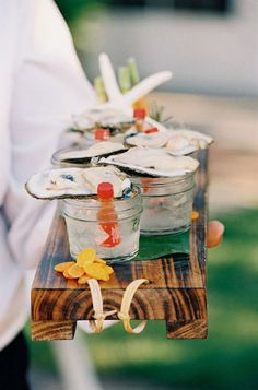 Think Outside the Dessert Table: 23 Fresh Food Stations via Brit + Co Tapas, Oyster Shooter, Wedding Food Stations, Fresh Oysters, Raw Oysters, Raw Bars, Am Meer, Wedding Catering, Wedding Menu