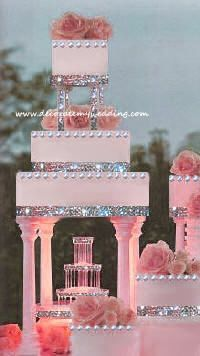 For those with a sweet tooth, selecting the perfect wedding cake for one's wedding can prove to be one of the favorite aspects of the wedding planning process. Extravagant Wedding Cakes, Black Wedding Cakes, Amazing Wedding Cakes, Elegant Wedding Cakes, Wedding Cake Designs, Boho Wedding, Crazy Wedding, Floral Wedding, Fountain Cake