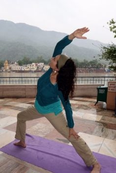Yoga practice in Rishikesh, on the Ganges River, World Week June 2015 Video Contest, Photo Contest, Free Photos, Cool Photos, World Yoga Day, Yoga 1, Yoga Inspiration, Rishikesh India, River
