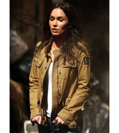 Megan Fox Brown Jacket from the Hollywood Movie Teenage Mutant Ninja Turtles 2 now in Stores. Shop Now Teenage Mutant Ninja Turtles 2 Megan Fox Jacket and avail the Best Price.  #meganfox #meganfoxjacket #hollywood #teenagemutant #teenagemutantninjaturtles #tmnt #tmnt2 #girl #girls #girlsonly #womenjacket #womenfashion #fashionbloggers #blogger #likeforlikes #likeforlike #sexy