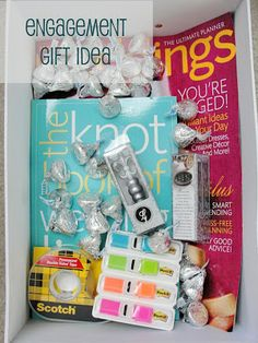 Engagement gift box great idea for all my friends getting engaged!!!