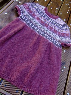 Ravelry: mLaure's Pull Tunique ~ This is gorgeous!!