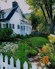 Woodstock Vt, True Homes, Garden Park, Claude Monet, Land Scape, Vermont, Curb Appeal, Most Beautiful, In This Moment