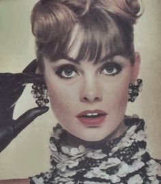 Jean Shrimpton fotografado para a Vogue por Bert Stern 1963 (Graças a Jane Davis) Bert Stern, Jean Shrimpton, Timeless Beauty, Timeless Fashion, Fashion Images, Fashion Models, Vintage Beauty, Vintage Fashion, Look Jean
