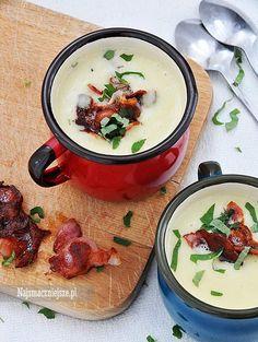 Kremowa zupa z ziemniaków i pora to idealny sposób na szybkie rozgrzanie się po długim jesiennym spacerze. Przygotowanie jej nie zajmie dużo czasu i już po kilkunastu minutach można cieszyć się smaczną i aromatyczną kremową zupą. Smacznego! Składniki (2 porcje): 3 ziemniaki (ok. 150 g) 1 duży albo 2 małe [...]