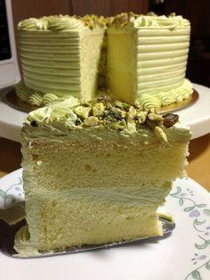 Heart of Mary: Avocado cake