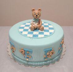 Bear baby cake
