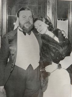 Coco Chanel & Christian Bérard (1938) #CocoChanel Visit espritdegabrielle.com | L'héritage de Coco Chanel #espritdegabrielle