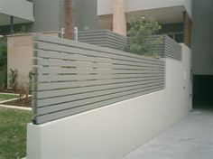 Creative and Modern Ideas Can Change Your Life: Fence Colours Simple pool fence privacy.Pool Fence D Front Yard Fence, Pool Fence, Backyard Fences, Fenced In Yard, Garden Fencing, Fence Landscaping, Front Garden Ideas Driveway, Side Walkway, Farm Fence