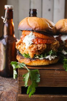 The Charleston Chicken Sandwich - Burger/ Sandwiches/ Wraps/ etc. Chicken Sandwich Recipes, Fried Chicken Sandwich, Burger Recipes, Buttermilk Chicken Burger, Tofu Recipes, Crispy Chicken, Dinner Recipes, Grill Dessert, Ideas Sándwich