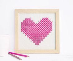 Décoration - cadre avec coeur brodé