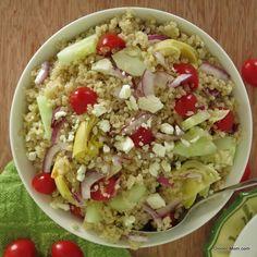 Greek Quinoa Salad with Red Wine Vinaigrette - The Dinner-Mom