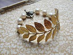 Zara Taylor Leaf & Pearl bracelet