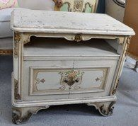 shabby chic bedside. Love this! Hopefully I can find one at a consignment store!