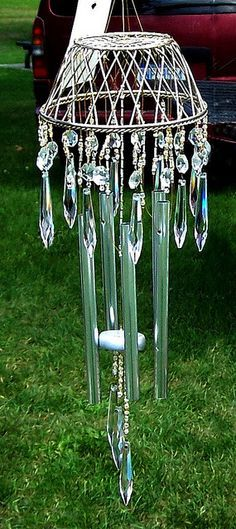 I love windchimes and bells . have them hanging all over the place in my yard ~ we sound like fairyland! > photo gallery of wind chimes Glass Wind Chimes, Diy Wind Chimes, Crystal Wind Chimes, Diy And Crafts, Arts And Crafts, Cork Crafts, Blowin' In The Wind, Outdoor Crafts, Crystal Drop