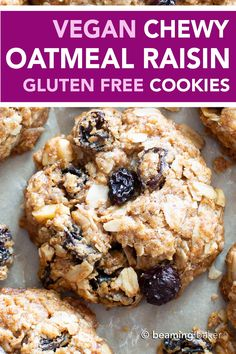 Chewy Vegan Oatmeal Raisin Cookies (Gluten Free) The BEST VEGAN chewy oatmeal raisin cookies EVER--crispy edges with a CHEWY center, bursting with oats, warm spices & juicy raisins! Oat And Raisin Cookies, Vegan Oatmeal Raisin Cookies, Gluten Free Oatmeal, Pumpkin Oatmeal Cookies, Good Healthy Recipes, Healthy Snacks, Vegan Recipes, Eat Healthy, Healthy Living
