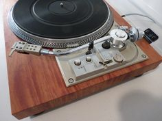 Pioneer PL-518 turntable - restored with real wood veneer