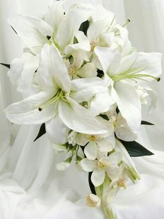 White lily bouquet--- have the small the flowers