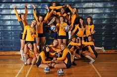 Volleyball Team Photo Idea. Fun.