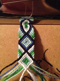 Friendship bracelet pattern 1409. Cool!