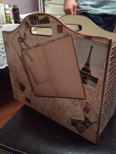 Gazetelik Decoupage Art, Box Bag, Altered Books, Woody, Painting On Wood, Suitcase, Hand Crafts, Panda, Country