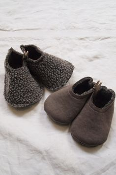 So cute these reversible baby Teddy shoes.