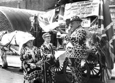 Pearly queens and kings