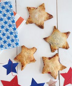 Mini Fourth of July Star Pies #pies #july4th #minipie