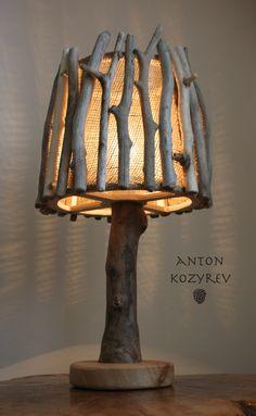 Diy Rustic Decor, Rustic Lamps, Handmade Home Decor, Wooden Lamp, Home Door Design, Lamp Design, Cool Wood Projects, Driftwood Lamp, Bois Diy