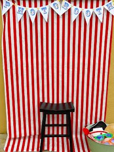 Easy circus photo booth - just needs jazzing up!