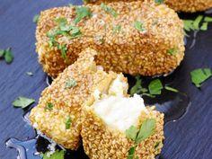 Feta grillée au sésame et au miel : Recette de Feta grillée au sésame et au miel - Marmiton