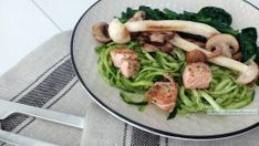Courgetti met spinazie dillepesto Pasta, Group Meals, Atkins, Good Food, Low Carb, Beef, Chicken, Dinner, Healthy
