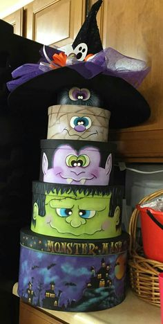 Need to turn this into cake Moldes Halloween, Halloween 2016, Halloween Projects, Holidays Halloween, Happy Halloween, Halloween Clay, Halloween Stuff, Halloween Goodies, Halloween Cards