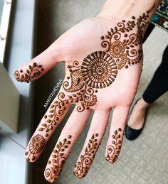 Easy Henna Mehndi Designs for Starters Mehndi Designs For Kids, Latest Arabic Mehndi Designs, Indian Mehndi Designs, Henna Art Designs, Stylish Mehndi Designs, Mehndi Designs For Beginners, Mehndi Design Pictures, Wedding Mehndi Designs, Mehndi Designs For Fingers