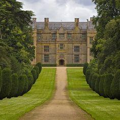 Montacute House, Somerset / 24 Breathtaking British Wedding Venues