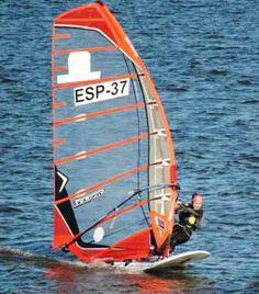 """España. I """"Regata del Queso"""" de Formula Windsurfing."""