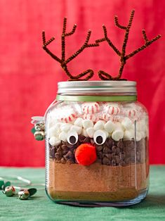 Cute for kids and grown-ups alike, this hot chocolate mix makes the perfect last-minute homemade edible gift. It calls for only five ingredients and can be made in 15 minutes flat. #diychristmasgift #diygift #homemadechristmasgifts #easydiygifts #bhg