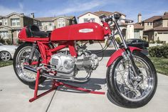 Aermacchi 350 Sprint Road Racer - Right Side