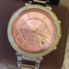 MK6140 brand new Michael Kors watch Never been worn and comes with original safe box my all items authentic and welcome reasonable offer , for additional information it's on the 3rd photo I have 2 same watch so if you are interested let me know Michael Kors Accessories Watches
